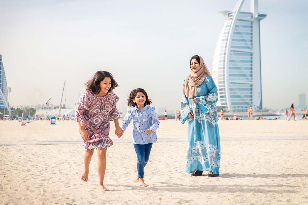 Vescovo Trade Happy Family in Dubai